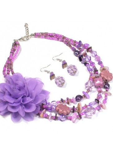 N3021P Charm Beaded Flower Necklace