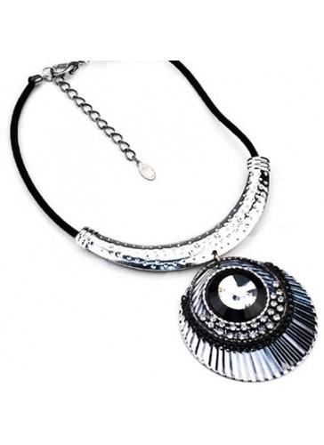 N3558 Designer Style Pendant Drop Necklace